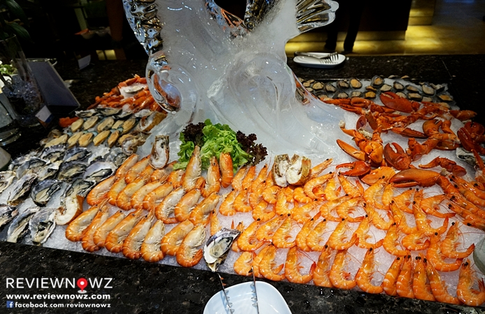 Feast @ Royal Orchid Sheraton Hotel & Towers [Seafood Buffet